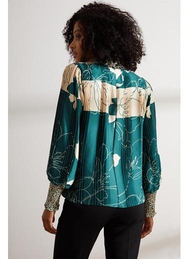 Setre Zümrüt-Bej Gipeli Balıkçıl Yaka Bluz Yeşil
